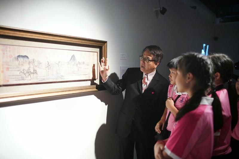 """""""ริเวอร์ ซิตี้"""" สานฝันว่าที่ศิลปิน เปิดโอกาสให้นักเรียนศิลปะชมผลงานระดับมาสเตอร์พีซ"""