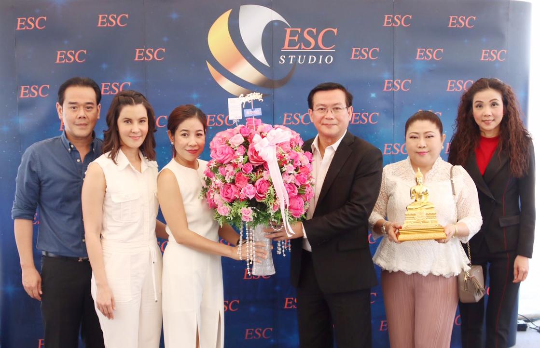 ทิพยประกันภัย ร่วมแสดงความยินดี ESC STUDIO  สตูดิโอแห่งใหม่สุดอลังการครบวงจร