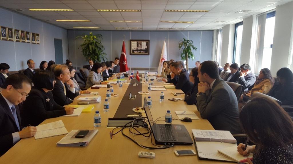 'พาณิชย์'เผยการเจรจาFTA ไทย-ตุรกี รอบ5 ฉลุย!ตั้งเป้าปี 63 ดันการค้าพุ่ง 2,000 ล้านเหรียญสหรัฐ