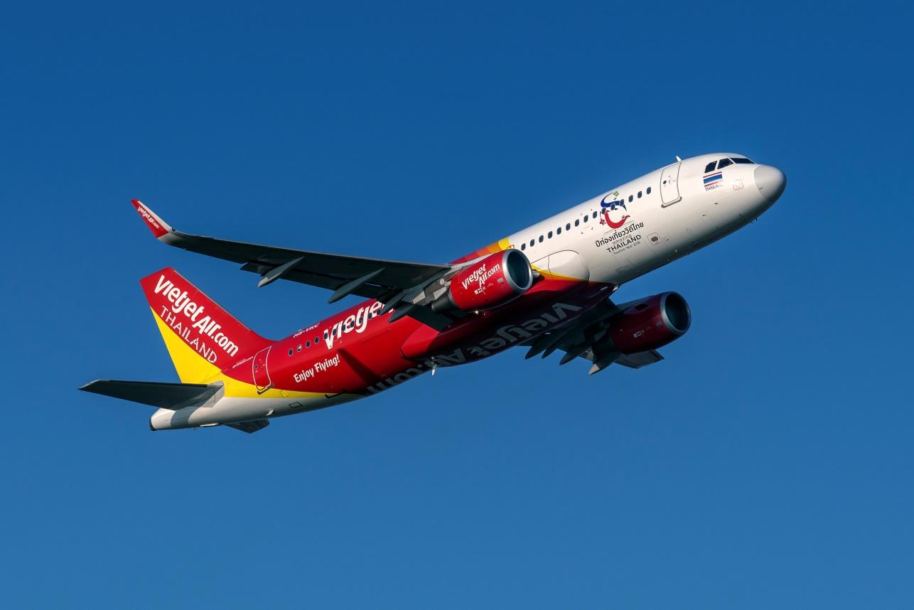 ผู้ประกอบการ 'สายการบิน' วอนรัฐแก้สนามบินแออัด-หนุนลดภาษีสนามบิน 50%